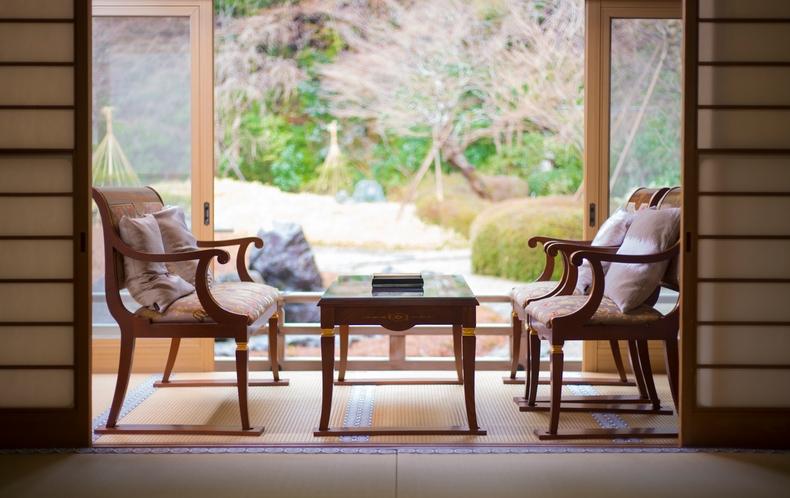 特別室 大庭園を楽しんで頂くことのできる椅子席