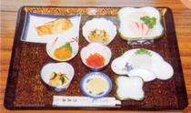 刺身(ヒラメ・ウニ・イカ)定食