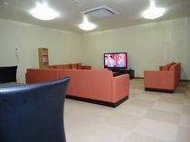 【2階休憩室】お風呂上がりのリラクゼーションルーム・憩いの場としてご利用ください♪
