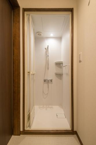 ツイン シャワー室