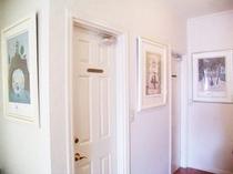 館内に飾られている絵画