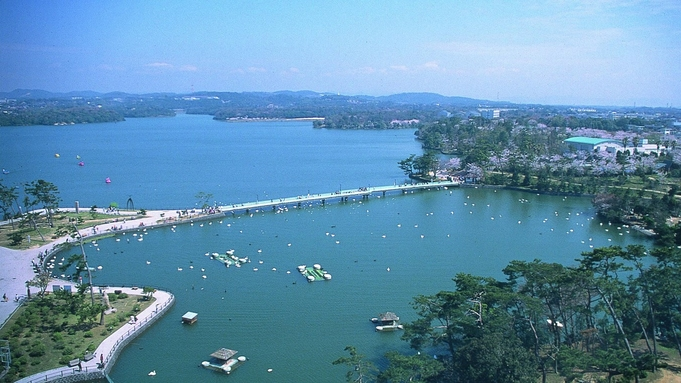 ココランドで夏休み!!【1泊朝食付】当日予約17時までOK!湖畔を眺めながらビュッフェを♪