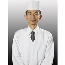 【副料理長】お客様の笑顔とおもてなしの心を大切に調理いたします。