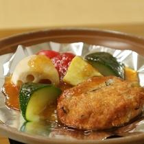 *【朝食一例】朝ごはんの蒸し野菜の焼き物です。