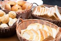 各種パンをご用意してます