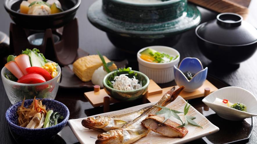 【朝食】ハタハタやへしこなどの絶品干物で味わう和朝食
