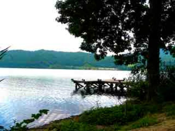 白馬青木湖