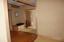 ■客室■和室玄関からの広いアプローチ