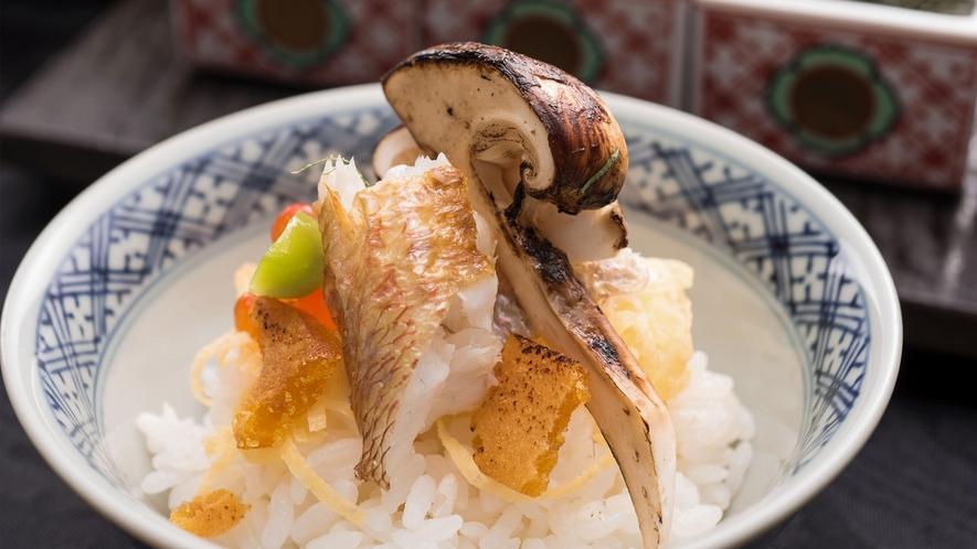 【朝ごはんフェスティバル入賞】真鯛と松茸の土鍋ご飯