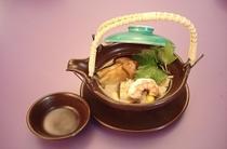 一品料理(松茸土瓶蒸し)