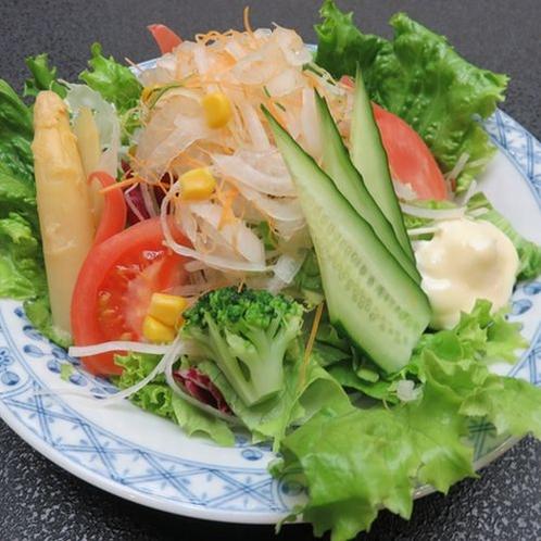 生野菜サラダ700円