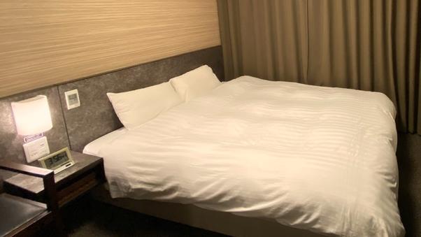 ◆禁煙クイーン◆シモンズ社製ベッド使用<16平米>