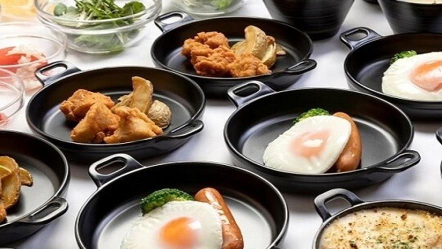 ◆朝食 鶏唐揚げ・ポテト・目玉焼き・ソーセージ◆