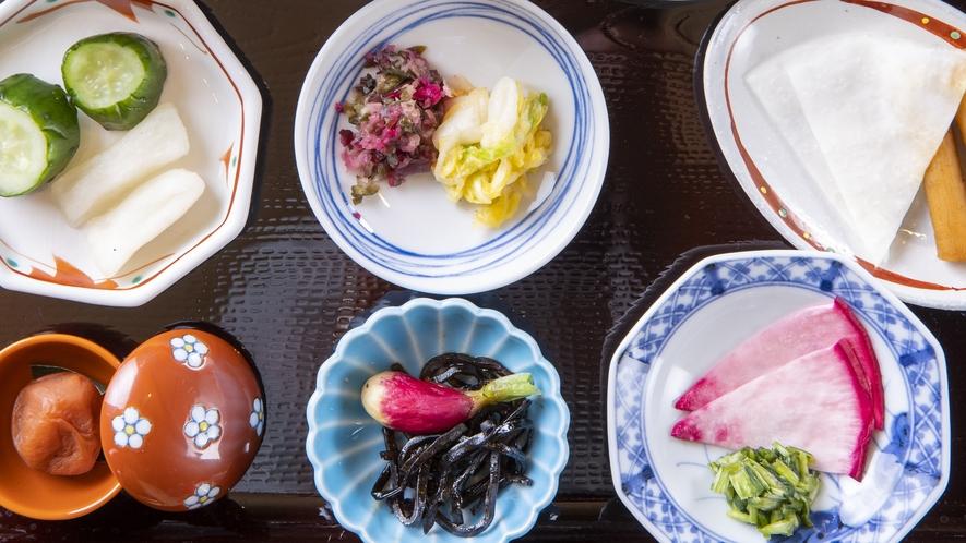 ◆ご朝食 梅干し・ご当地京漬物 ~ぎおん川勝~◆