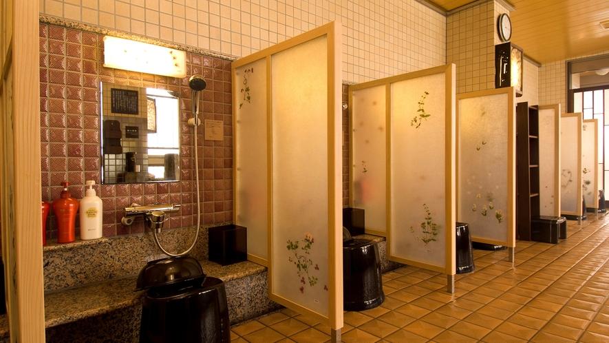 ◆《女性》大浴場洗い場(カラン7個設置)