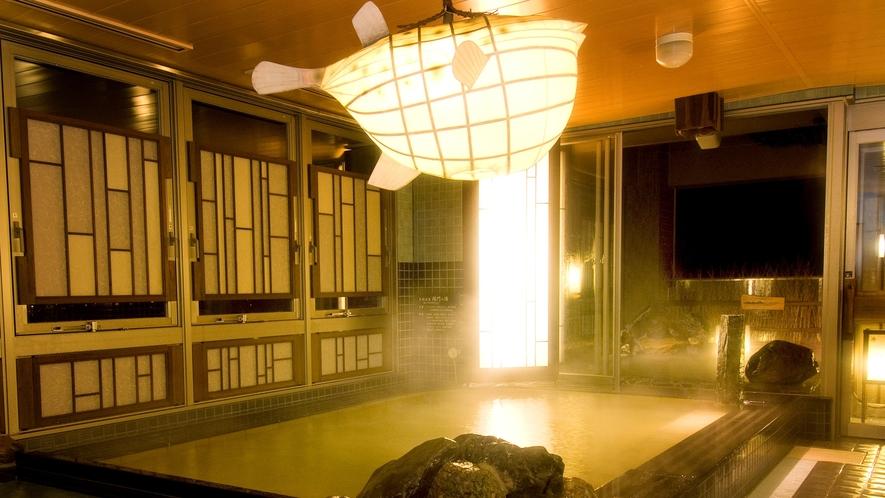 ◆《男性》内湯 夜(湯温40~41℃)【泉質】ナトリウム・塩化物強塩温泉