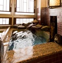 女性水風呂◆営業時間15:00~翌10:00◆