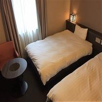 ■ツインルーム 21㎡ ベッドサイズ:120㎝×205㎝