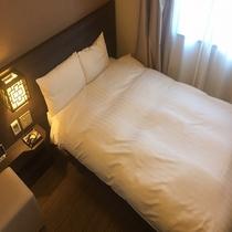 ■セミダブルルーム 14㎡ ベッドサイズ:120㎝×195㎝