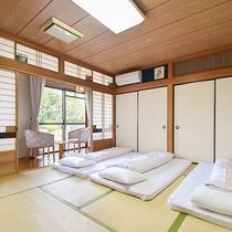 部屋(和室10畳)