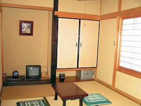 和室6畳【バス共同・トイレ付】
