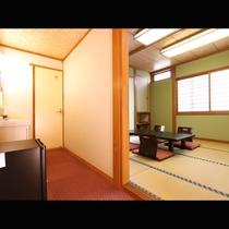 洗面・トイレ付の和室8畳(本館)