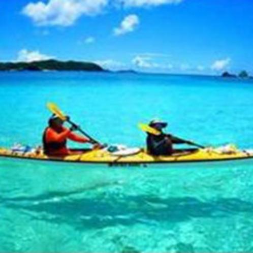 *一漕ぎごとに変わる海の色は、本物の色です!
