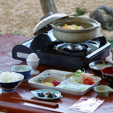 【朝食付き】自家製の干物や梅干など手作り和朝食でしっかり朝ごはん(¥6,410〜) ※現金特価