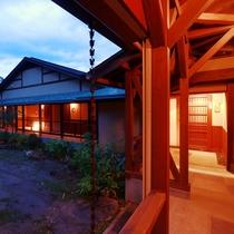 【佳日庵】離れの客室はすべてのお部屋がアルプスの景色を楽しむ露天風呂付き