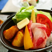 【夏料理】【台の物】高原野菜と国産和牛の味噌陶板焼