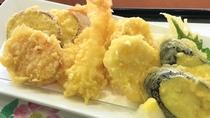 【夕食】さくさく天ぷら盛り藤会席