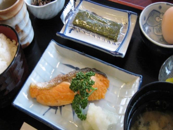朝食は和食のご用意です♪