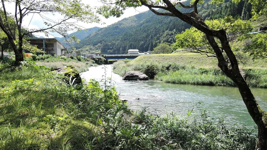 *自然に囲まれた静かな環境。