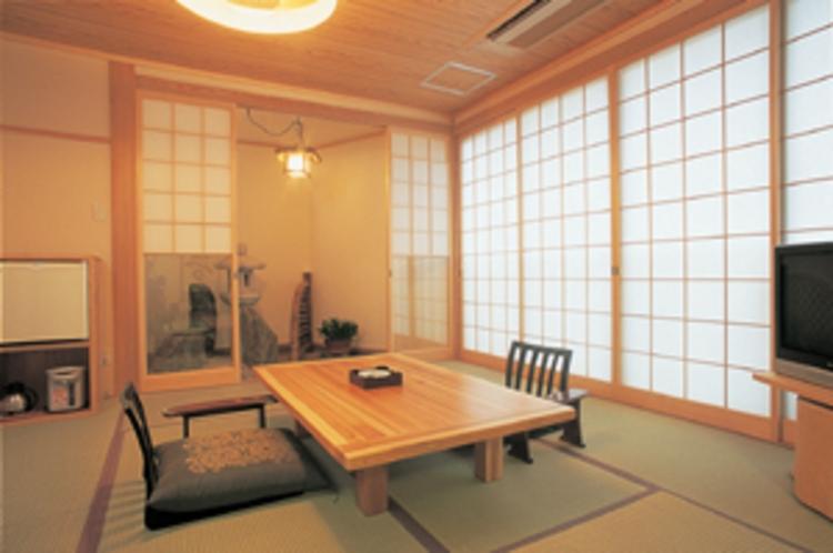 【母屋/1階】内風呂付客室「さくら」