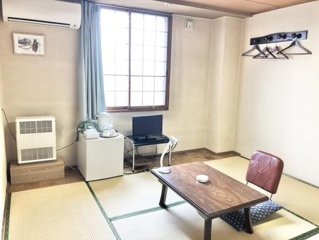 和室ツインルーム【喫煙ルーム】バス・トイレ共用