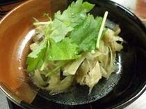 鳥肉とゴボウの煮物