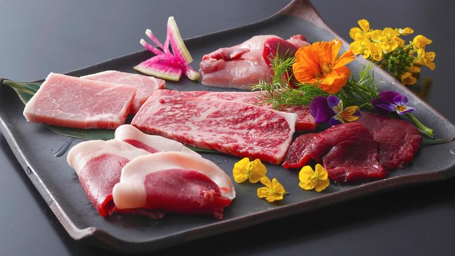 【5種炙り肉会席】<シカ・猪・豚・地どり・牛>の鉄板焼き(イメージ)