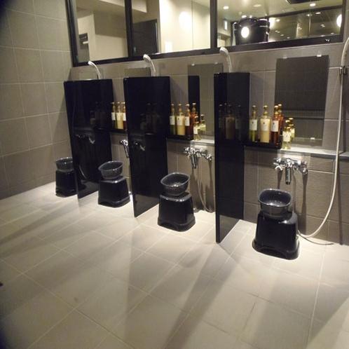 B1 大浴場内洗い場