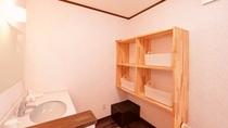 *脱衣所/清潔感ある脱衣スペース。
