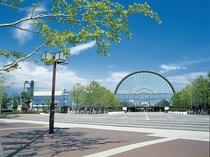 インテックス大阪 南港コスモスクエアにある西日本最大の国際展示場