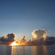 *周辺景色/毎日時間によって違う表情を見せてくれる海。