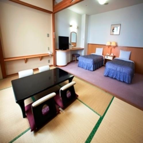 セミスイート(ツイン+和室7・5畳) ※6名様までお泊りいただけます。