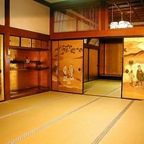 伝統の客室と襖絵