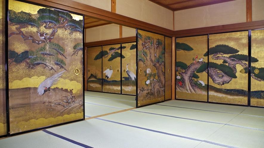 *伝統客室と襖絵