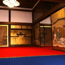 伝統客室(襖絵)