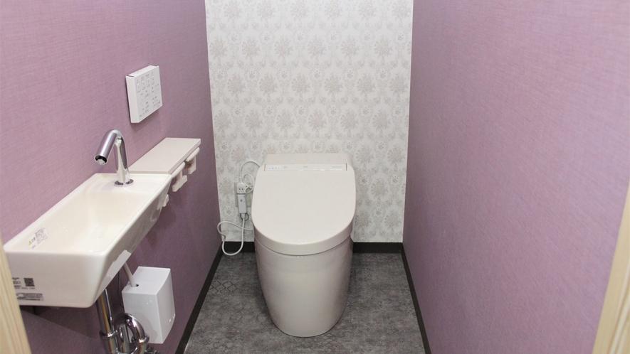 *客室内のトイレ一例