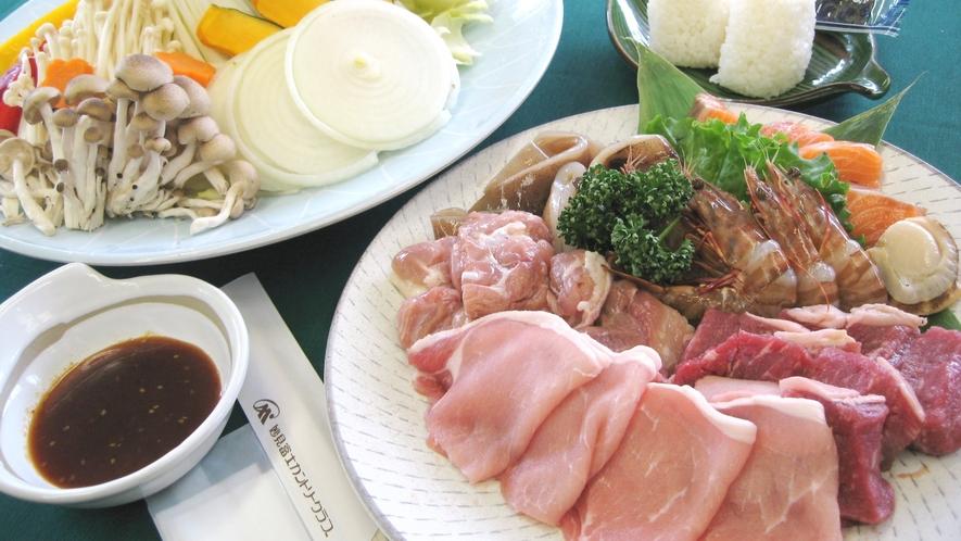 *【BBQセット一例】テラスでジュ〜ジュ〜焼いて楽しい♪食べておいしい♪絶品BBQ!