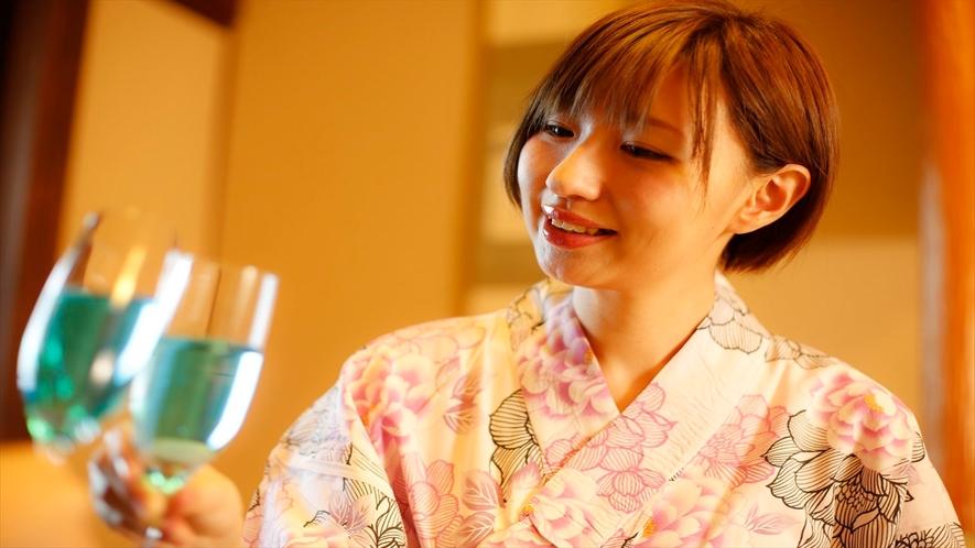 綺麗な色のシャンパンで乾杯