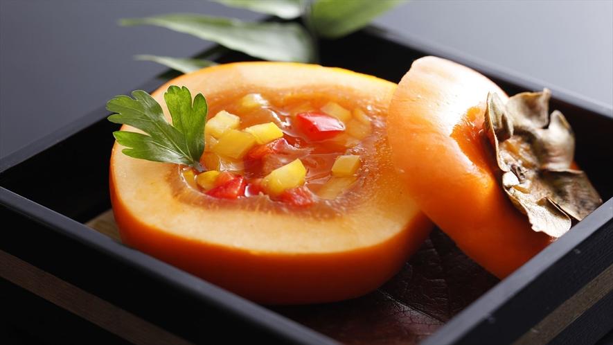 奈良は柿の産地。柿本家の屋号に因んだ柿を使ったお料理一例