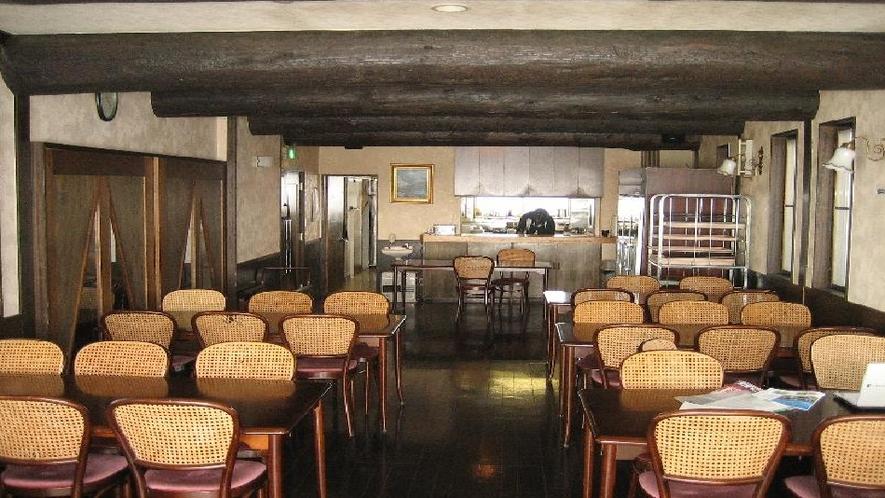 景色の良い食堂